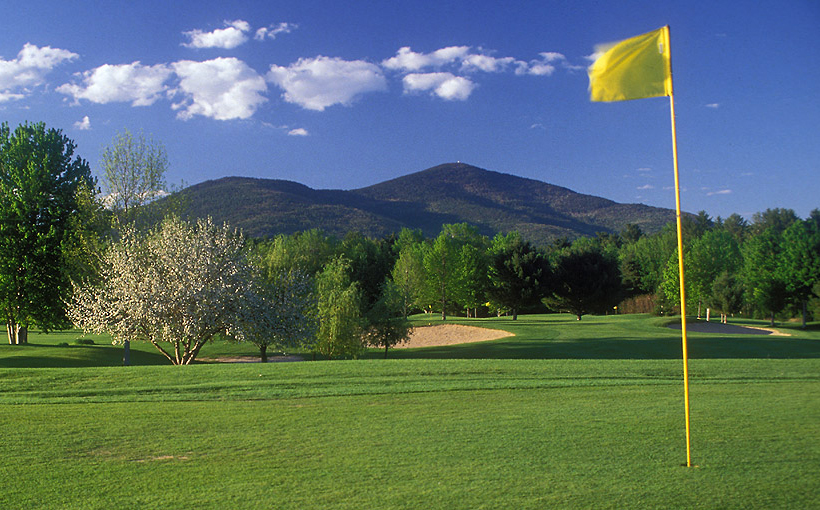 North Conway Country Club hole and flag